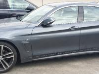 BMW Série 4. custode arrière gauche.